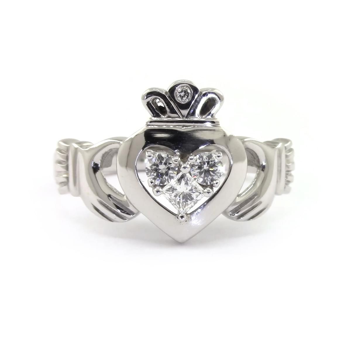 14k White Gold 3 Stone Ring