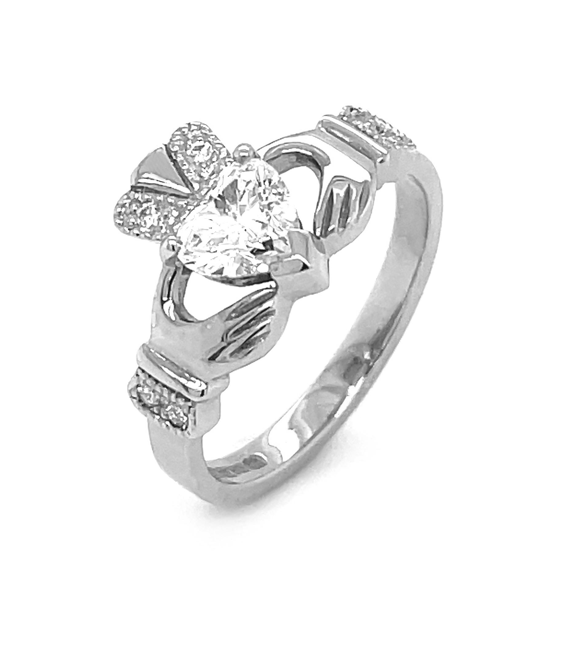 Full Heartshape 0.72cts DVS1 Diamond Claddagh Engagement Ring