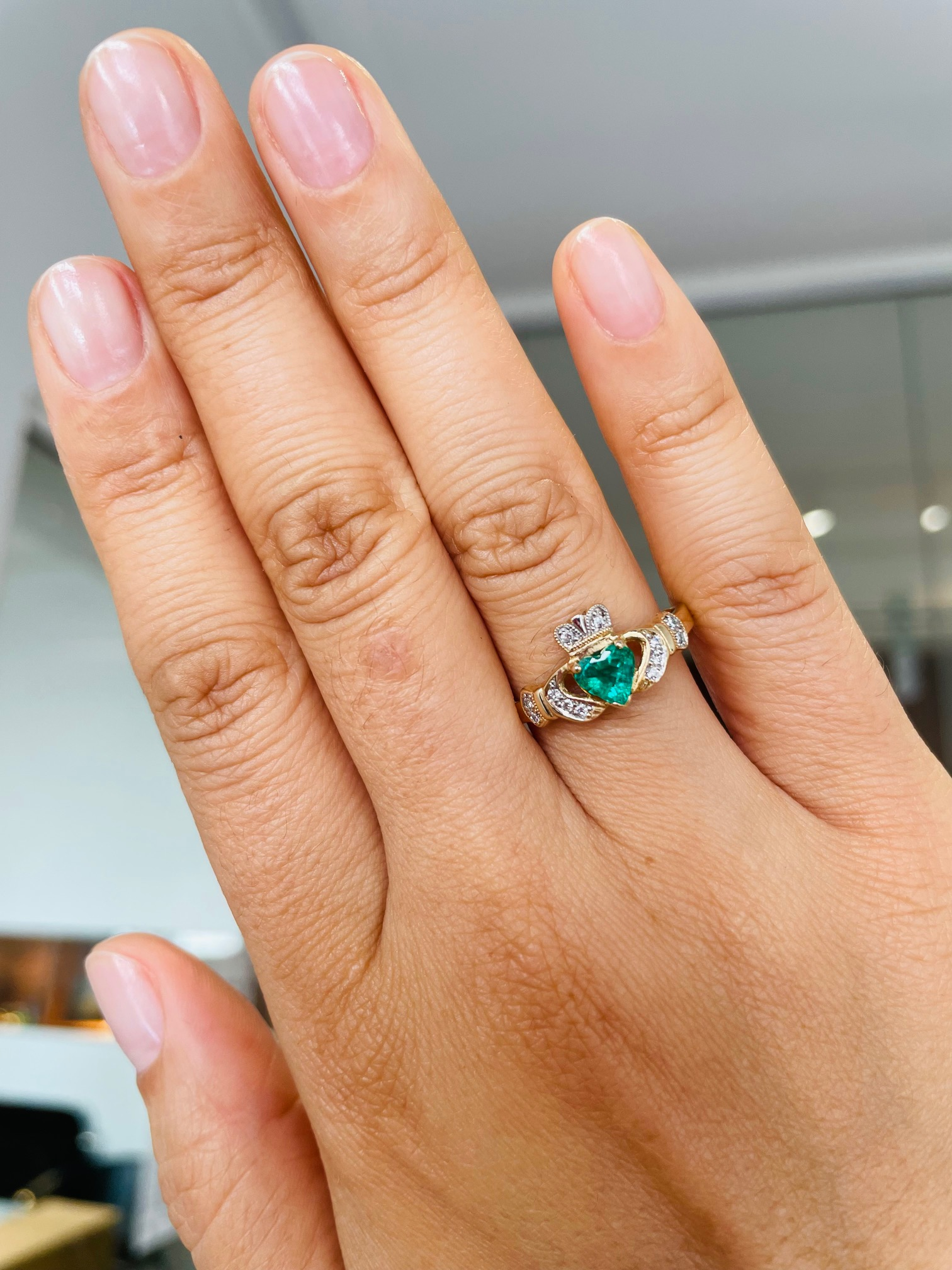 Emerald And Diamond Gold Claddagh Ring