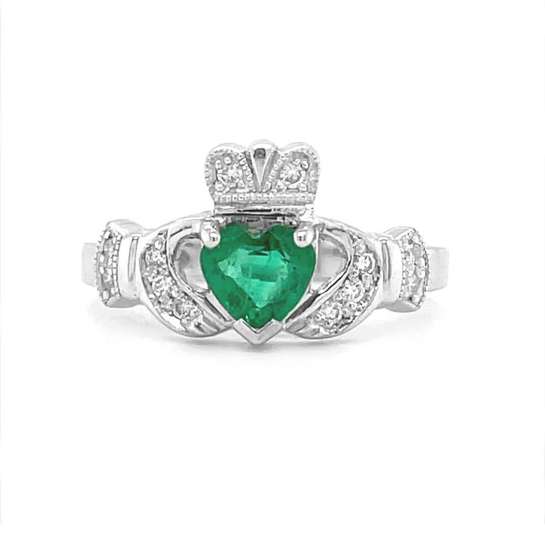 White Gold Emerald Claddagh Ring