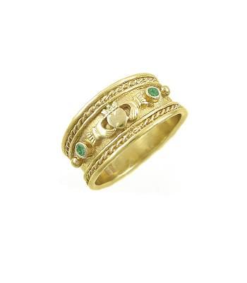Emerald Wide Claddagh Ring
